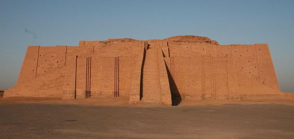 Sumerian temple. The oldest civilization